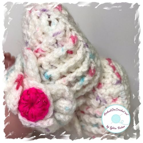 Dragon Scale Baby Booties - Spotty White