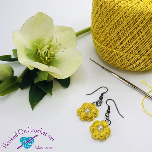 Vintage style crochet earrings - yellow/gold