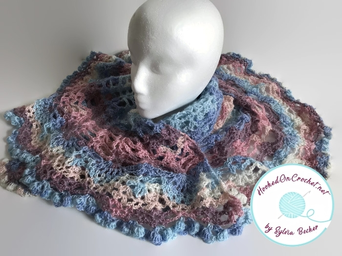 Magic_Mohair_Glitz_Triangle_Scarf1